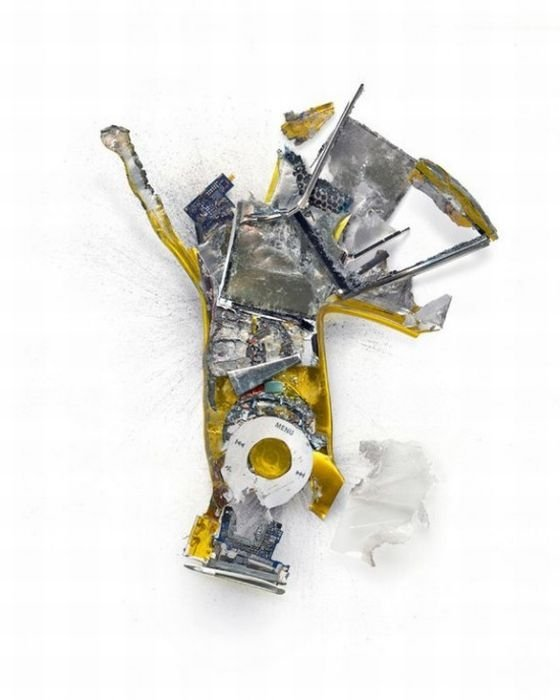 Destroyed apple gadgets by Michael Tompert