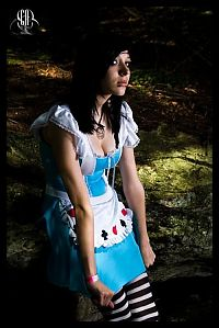 TopRq.com search results: Alice's Adventures in Wonderland photo collection