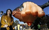 TopRq.com search results: Skywhale hot-air balloon sculpture by Patricia Piccinini
