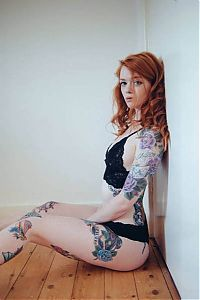 Art & Creativity: tattoo girl