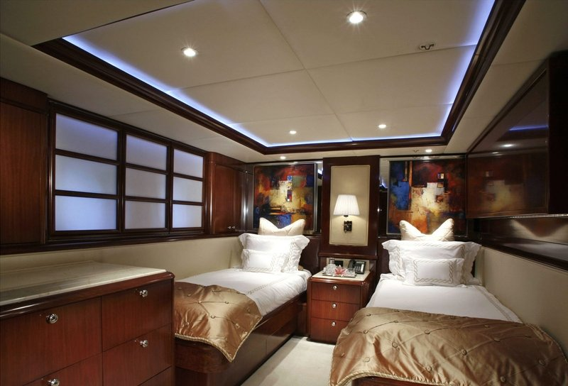 фото яхт и интерьер