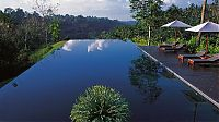 Architecture & Design: infinity edge pool design