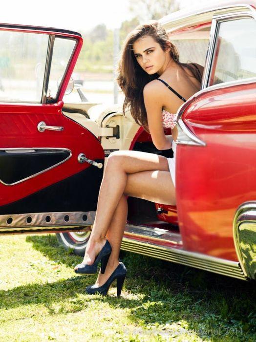 Italian car models girls 12
