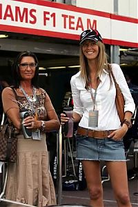 TopRq.com search results: Girls In The Pitlane - Monaco 2006-05-25