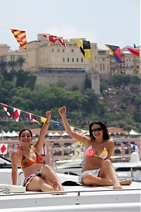 TopRq.com search results: Girls On A Boat - Monaco 2006-05-28