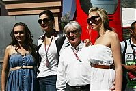 TopRq.com search results: Slavica And Bernie And Tamara And Petra Ecclestone - Monaco 2006-05-28