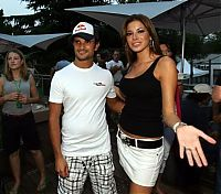 TopRq.com search results: Vitantionio Liuzzi Toro Rosso With A Girl Monza 2006-09-07