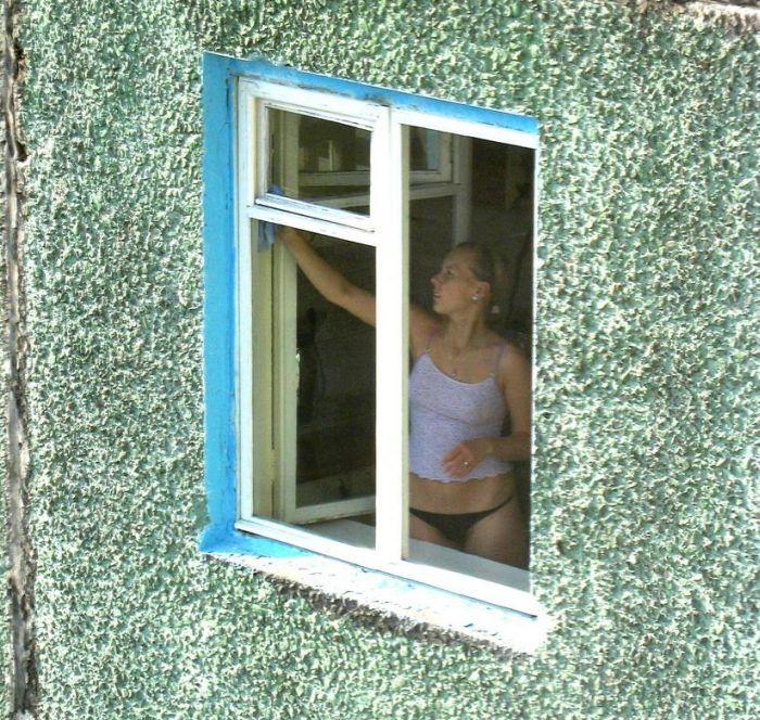 фото подсмотрел в окне