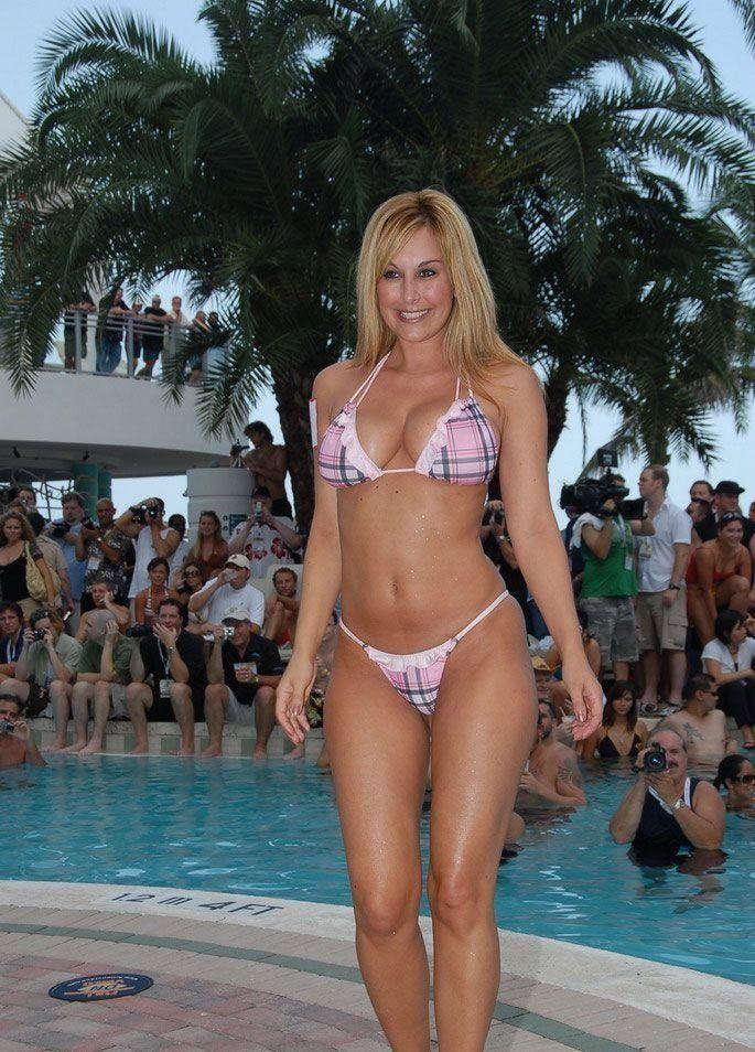 2008 Heath Beach Bikini Contest