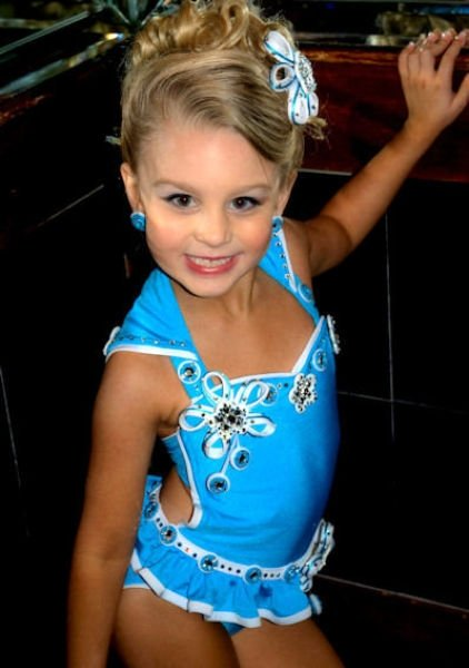 Child Pageants Sexualizing Young Girla Essay