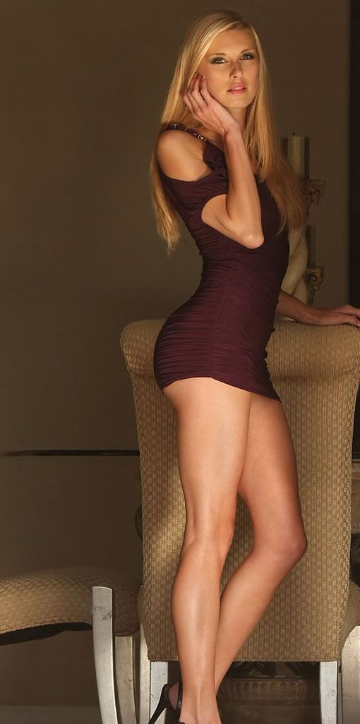 Gorgeous Blonde Teen Babe Leah Luv In Heels Spre Peachyforum 1