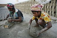 TopRq.com search results: Child labor in Bangladesh