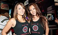 People & Humanity: Electronic Entertainment Expo (E3) 2010 trade show girls