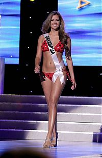 People & Humanity: Miss USA 2011 beauty contest