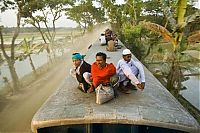 TopRq.com search results: Train surfing, Bangladesh