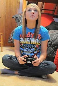 TopRq.com search results: girl playing video games