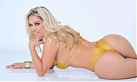 TopRq.com search results: Miss BumBum 2013 girls, Brazil