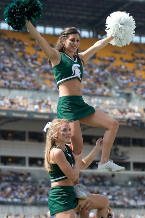 Michigan State University cheerleader girls