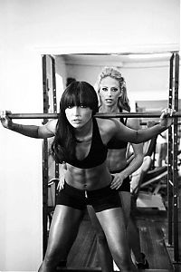 TopRq.com search results: strong fitness bodybuilding girl with abdominal six-pack belly muscles