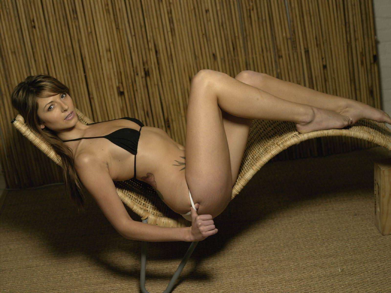 Фото гол женщ