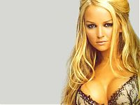 Celebrities: jennifer ellison