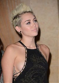 TopRq.com search results: Miley Ray Cyrus