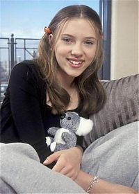 Celebrities: Scarlett Johansson