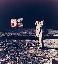 Earth & Universe: Apollo 11 spaceflight, first manned moon landing
