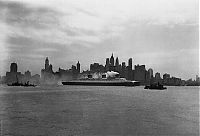 TopRq.com search results: History: Black and white photos of New York City, United States
