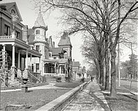 History: Black and white city photography, United States