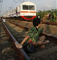 TopRq.com search results: Railroad tracks therapy, Rawa Buaya, Jakarta, Indonesia