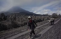 TopRq.com search results: Mount Sinabung, January 2014 eruption, Karo Regency, North Sumatra, Indonesia