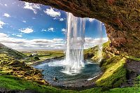 World & Travel: Iceland
